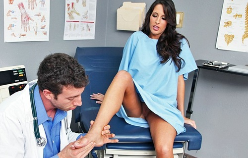 kortney kane foot job at doctor adventures